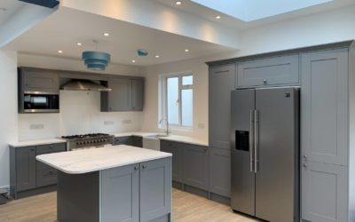 What are the benefits of open plan living?
